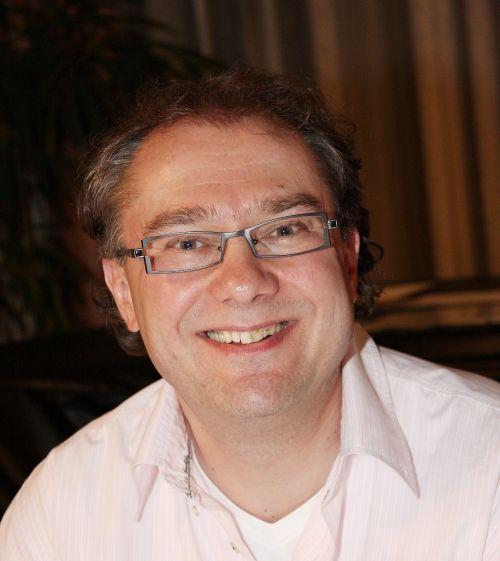 Dr.med. Gerd Belles
